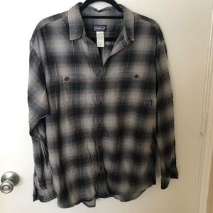 Patagonia Grey Navy Plaid Button Down Flannel